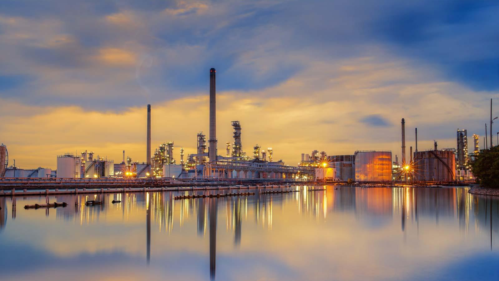 Oil Refinery Facility